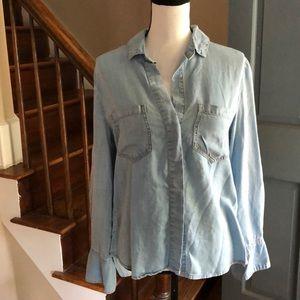 Anthropologie Cloth &Stone split back denim shirt